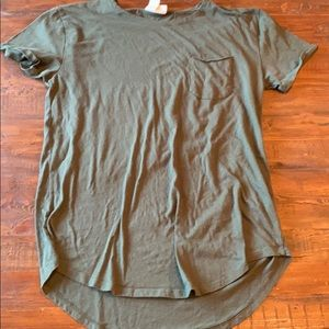 Mens URBAN OUTFITTERS tall pocket tee